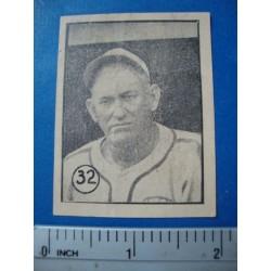Miguel Angel Gonzalez,Baseball Card No. 32 Felices 1945/46
