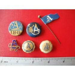 Lot baseball pins ,Almendares Cuba 1950s